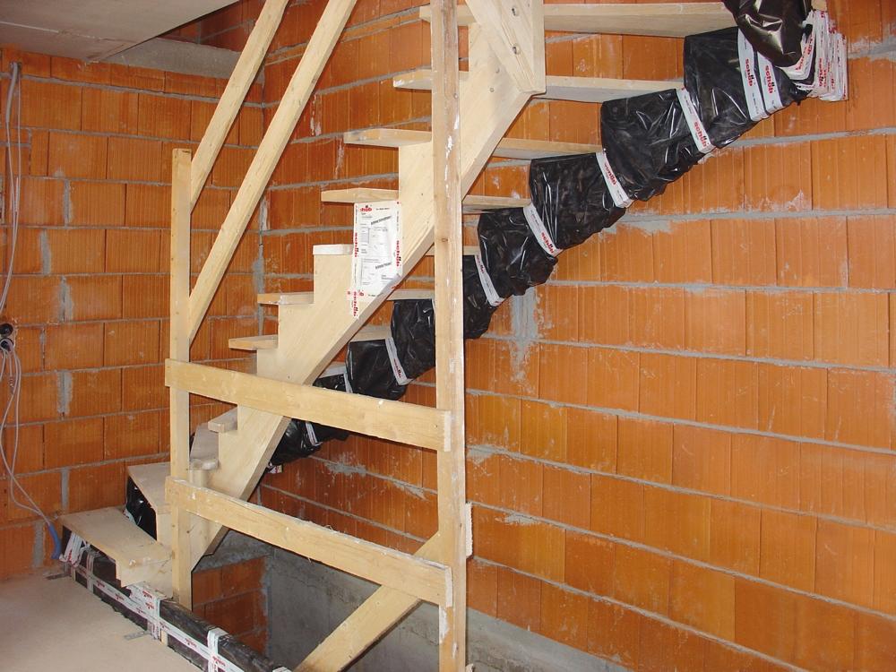 ganzholz treppen rohbautreppen. Black Bedroom Furniture Sets. Home Design Ideas